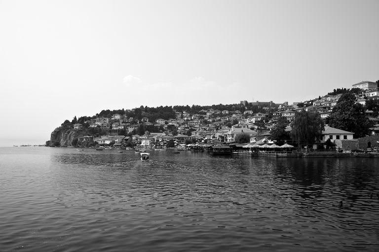 T076 / Sur les Bords du Lac